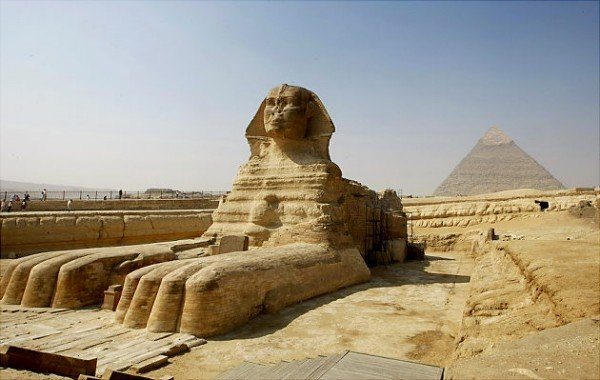sphinx2.jpg.57847c02d6753068f4a282d5b598cc15.jpg