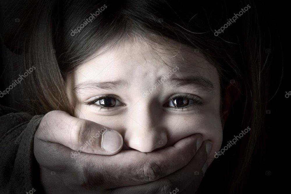 depositphotos_41666387-stock-photo-child-abduction.thumb.jpg.f90ee6c31b73c2cfec73bbc0b5acb1c9.jpg